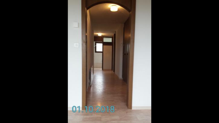 Geräumige 5.5 Zimmerwohnung in Zweifamilienhaus 4