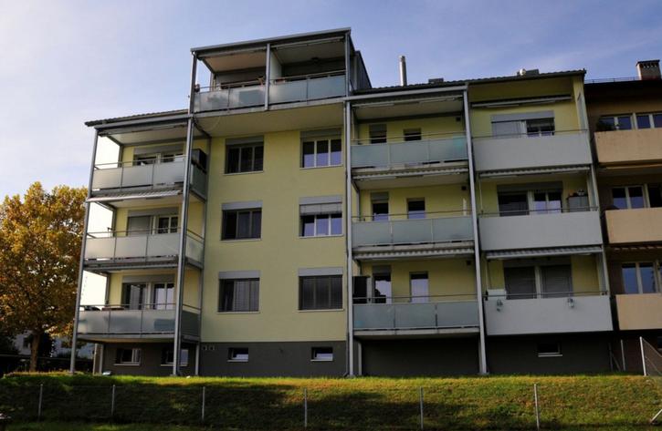 2.5-Zimmer Wohnung mit Balkon total renoviert! 6300 Zug