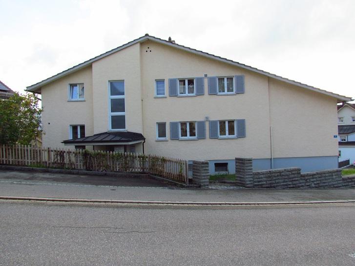 Frisch renovierte 3.5 Zimmer-Wohnung mit Galerie im Dachgeschoss  9052 Niederteufen