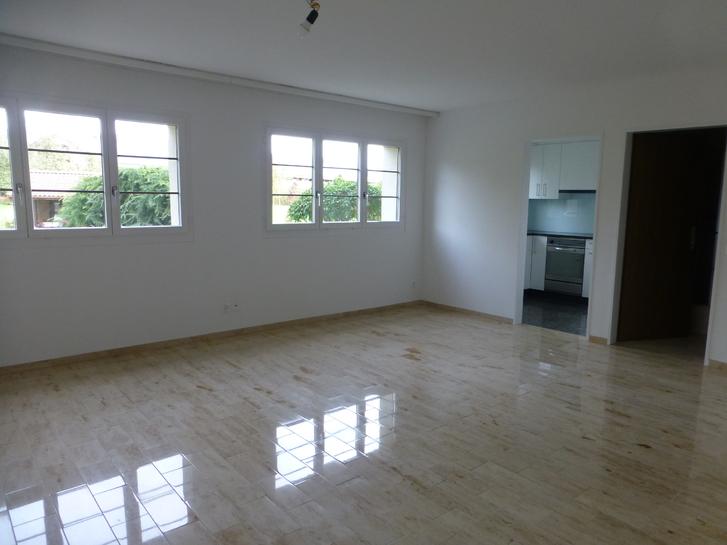 2.5 Zimmerwohnung in EFH 5525 Fischbach-Göslikon