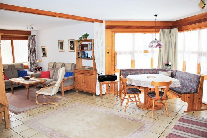 Sabina - Moderne und helle 2.5-Zimmer-Eckwohnung mit Süd-Ostbalkon und schöner Blick 3954 Leukerbad
