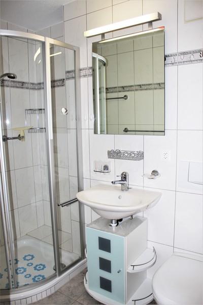 Sabina - Moderne und helle 2.5-Zimmer-Eckwohnung mit Süd-Ostbalkon und schöner Blick 4