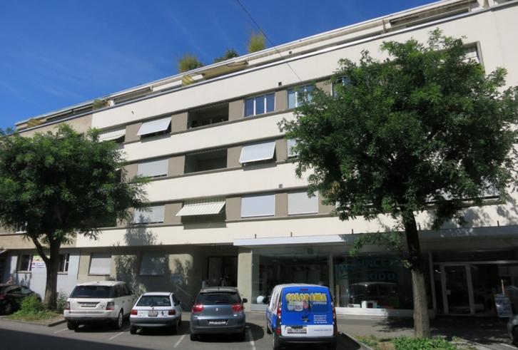 Zentrale 2.5 Zimmerwohnung zu vermieten !!! 2502 Biel/Bienne