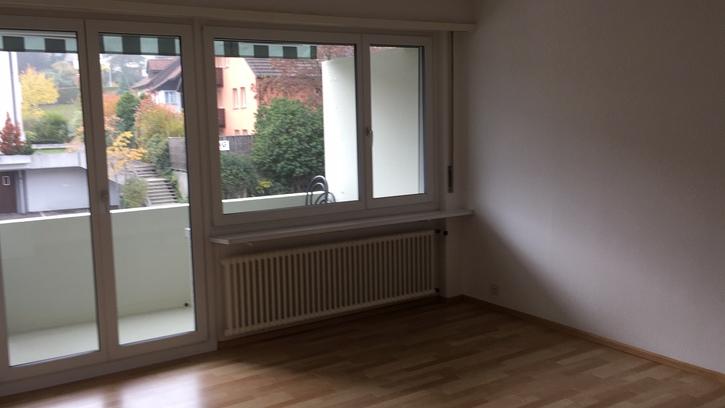 zu vermieten 2 Zimmer Wohnung in Ebmatingen 2