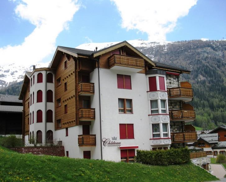 CHATEAU, exklusive 2.5-Zimmerwohnung DE LUXE mit Balkon süd 3954 Leukerbad