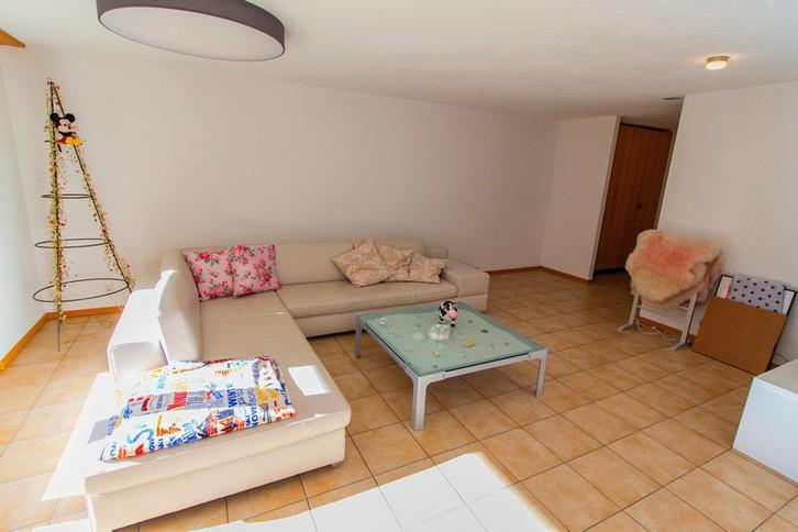 Haus GOLF B, helle, qualitätsvolle 4.5-Zimmerwohnung an ruhiger Lage mit grossem Südbalkon und schöner Aussicht 3954 Leukerbad