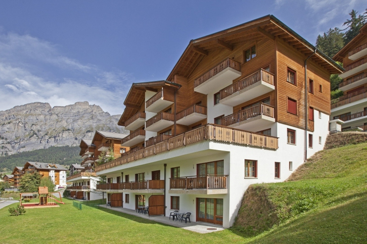 Residenz LES NATURELLES 2.5 Zimmerwohnung im 1. Stockwerk mit schönem und sonnigem Terrassenplatz 3954 Leukerbad