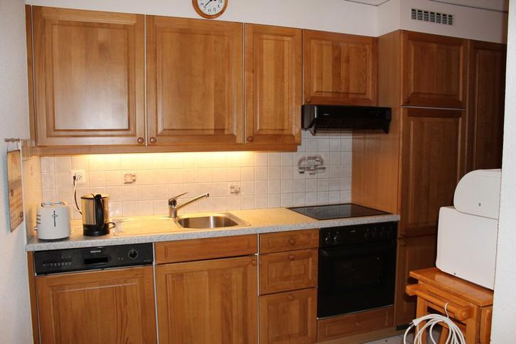 Residenz LES NATURELLES 2.5 Zimmerwohnung im 1. Stockwerk mit schönem und sonnigem Terrassenplatz 2