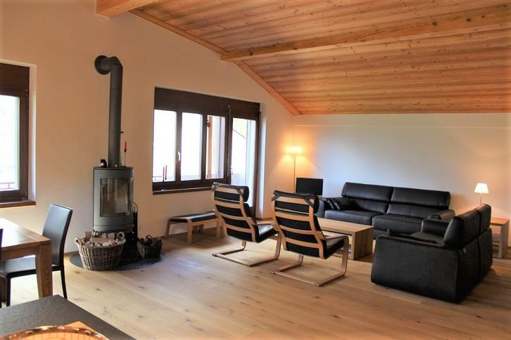 Villa AIDA, luxuriöse Attikawohnung mit Cheminée, Eichenboden und fantastischem Blick 3