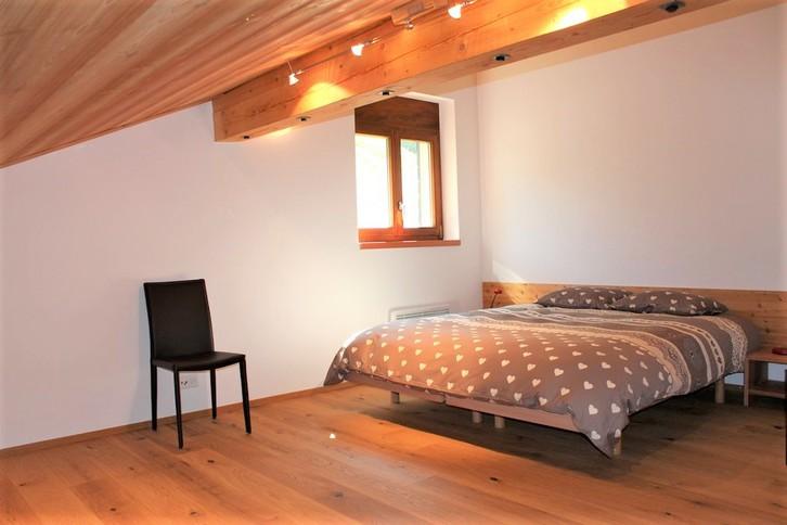 Villa AIDA, luxuriöse Attikawohnung mit Cheminée, Eichenboden und fantastischem Blick 4