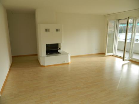 Helle 4.5 Zimmerwohnung inkl. Garage und einem Abstellplatz 2