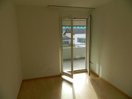 Helle 4.5 Zimmerwohnung inkl. Garage und einem Abstellplatz 4