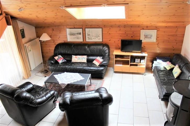 Haus ARCA vollkommen renovierte 2.5-Zimmerwohnung mit Südbalkon   2