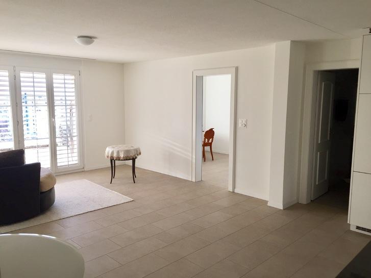 Neu renovierte 2 Zimmer Wohnung mit Seeblick in Jona SG 3