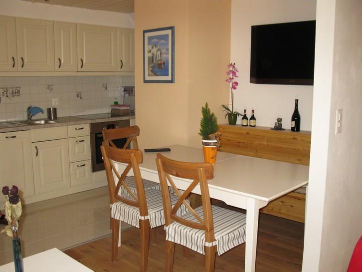 BURG A, gemütliche 2.5 Zimmer Duplex-Wohnung an zentraler Lage 3