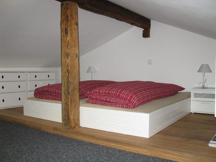 BURG A, gemütliche 2.5 Zimmer Duplex-Wohnung an zentraler Lage 4