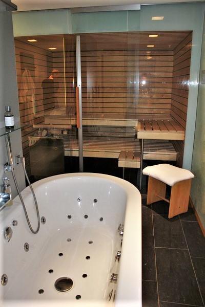 Luxus-Chalet  in Saas-Fee, in bester erhöhter Lage mit wunderschöner Aussicht 4