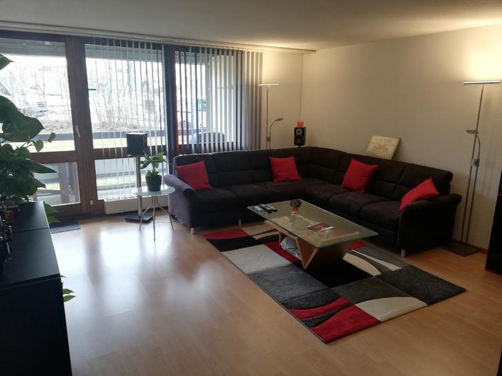 Von privat ruhige, sonnige 3,5 Zimmer Eigentumswohnung inkl. EHP 3053 Münchenbuchsee