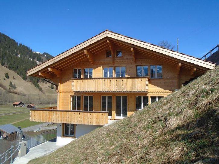 Lenk im Simmental: 3.5-Zimmer-Dachwohnung zu vermieten 3775 Lenk im Simmental
