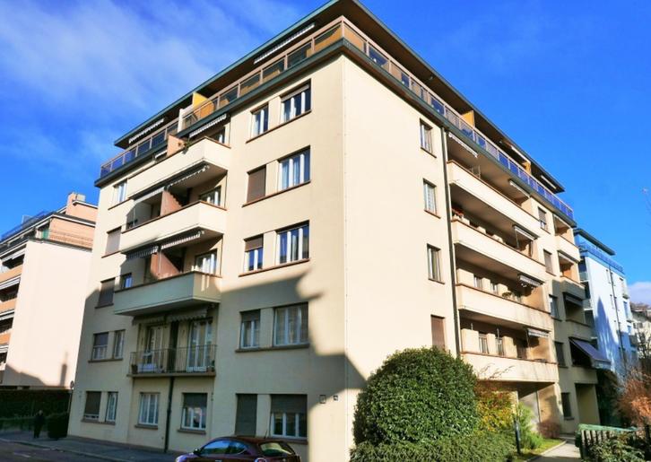 Rénové de 1.5 pièces au 3ème étage ! 1004 Lausanne