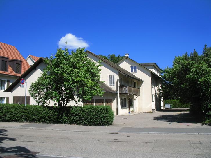 Frisch renovierte 3-Zimmer-Wohnung in Kilchberg 8802 Kilchberg
