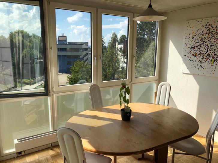 Schnäppchen! 4.5 Zimmer Wohnung / WG tauglich 1700 Fribourg