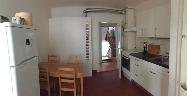grosse heimelige 2 Zimmerwhg. mit Wohnküche in Basel 3