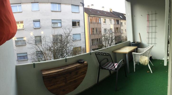 grosse heimelige 2 Zimmerwhg. mit Wohnküche in Basel 4