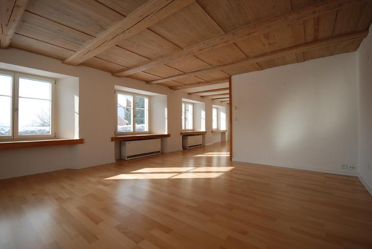 Sonnige, nebelfreie 2.5 Zimmerwohnung zu vermieten Rünenberg
