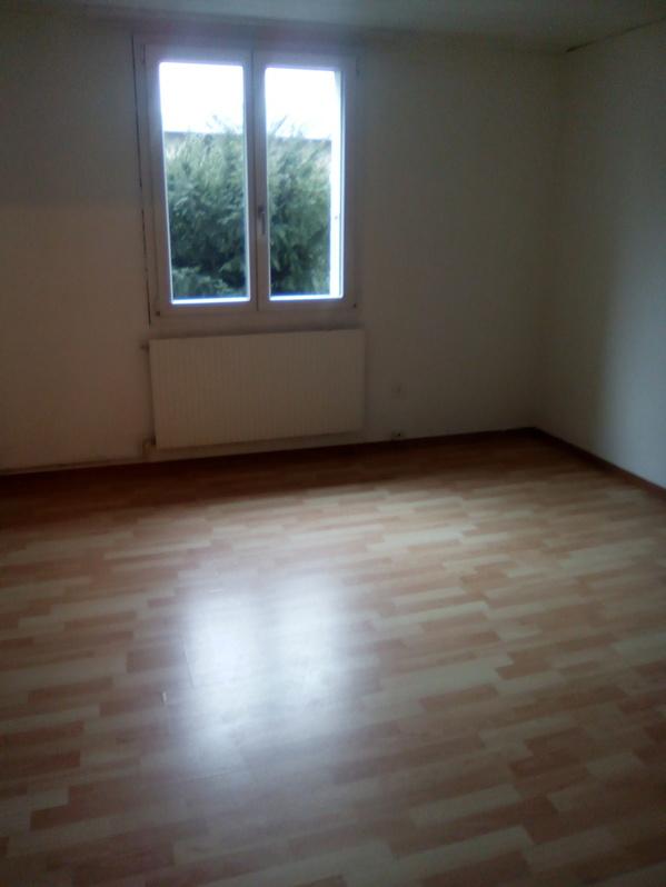 3.5 Zimmerwohnung mit Sitzplatz und Garage 2