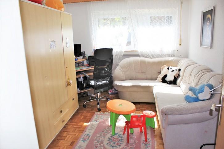 SALUTE gepflegte grosse 3.5 Zimmerwohnung in Leukerbad 2