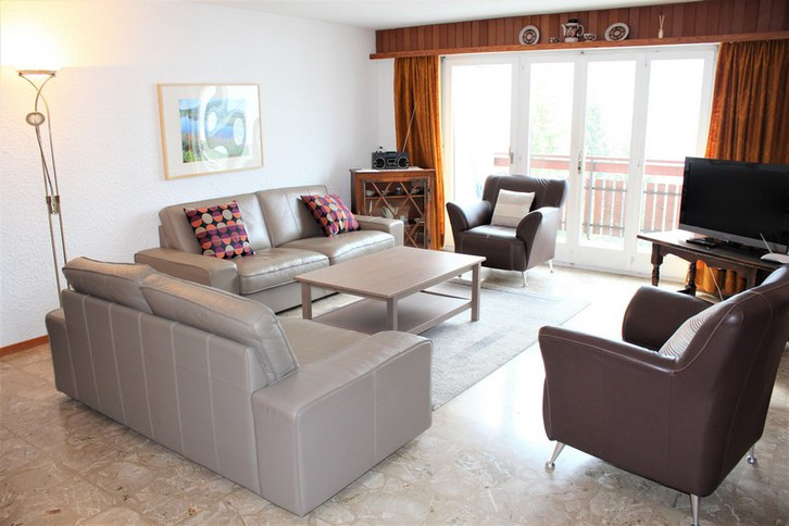 Haus Goliath, gemütliche und grosse 3.5-Zimmereckwohnung mit 2 Balkone und wunderschöne Aussicht 3954 Leukerbad