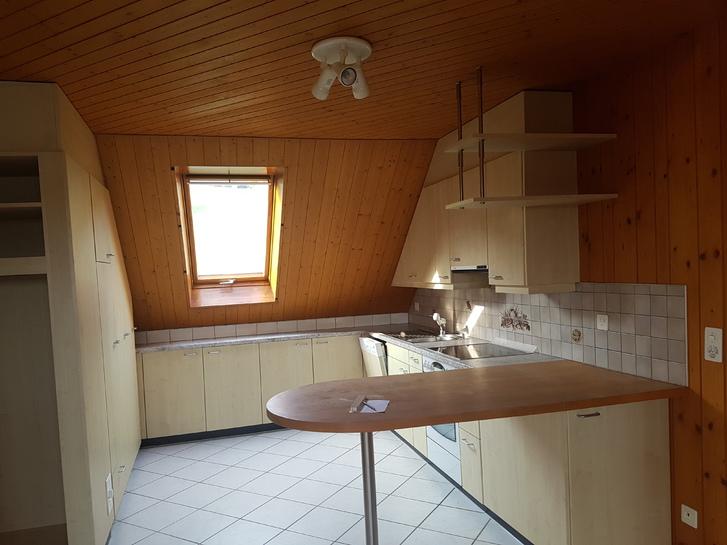 2 1/2 Zimmer Dachwohnung in Brüttelen 4