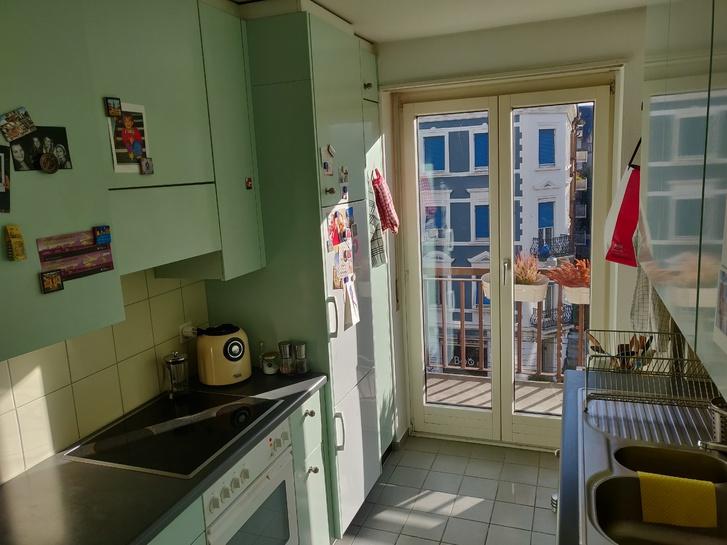 Charmante, helle Wohnung im Kleinbasel mit Balkon 2
