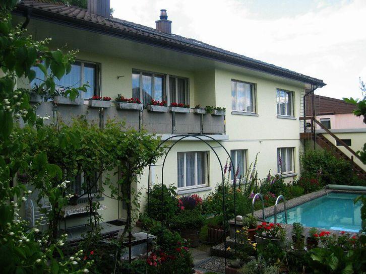 2 Zi-(Ferien)Wohnung voll möbl., ca. Fläche 44m² 4512 Bellach