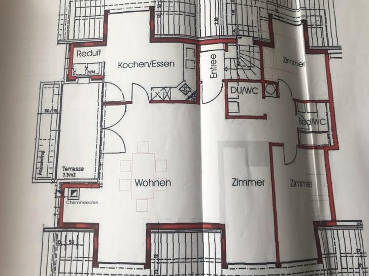 sonnige, helle und charmante 3.5 ZWG-Dachwohnung 4153 Reinach