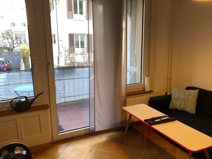 3 Zimmer Wohnung mit Balkon  2