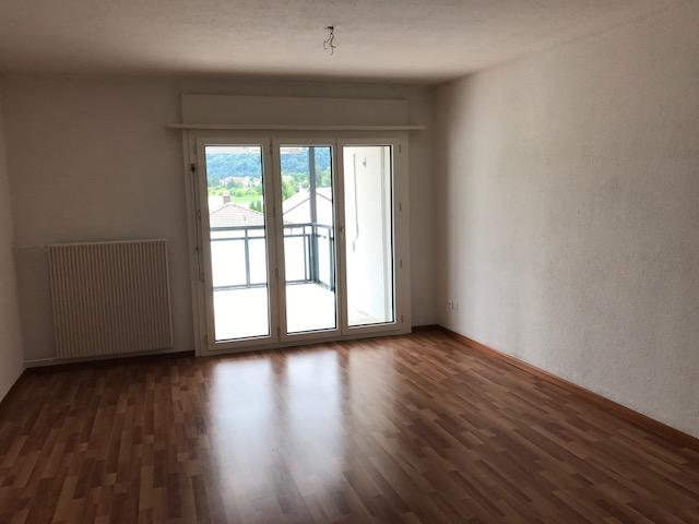3 1/2 Zimmer-Wohnung mit grossem Balkon mit Weitsicht 3