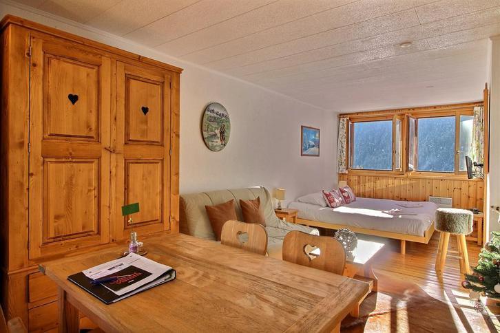 40m2 - Möbliertes Chalet in Wallis, 1km vom Skilift, nähe Thermalbad  3
