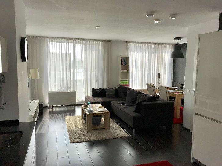 Appartement-2 pièces d'environ 85m2 au 2ème étage 1201 Genève