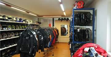 Gewerberaum / Werkstatt im Zentrum von Therwil zu vermieten 3
