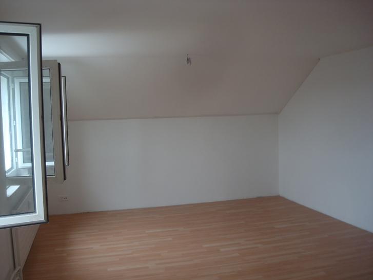 2.5-Zimmer-Dachwohnung in Hochdorf zu vermieten 4