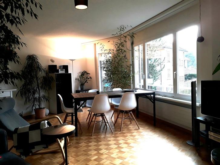 Grosszügige 3.5-Zimmer-Wohnung mit Balkon in Altstetten 2
