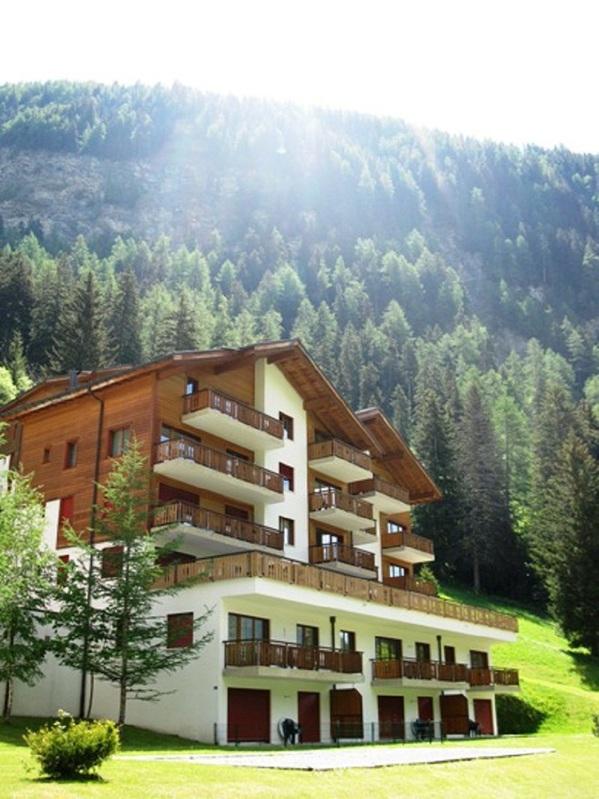 Residenz LES NATURELLES: 3.5-Zimmerwohnung von hoher Qualität schöner Terrassenplatz im Grünen 3954 Leukerbad