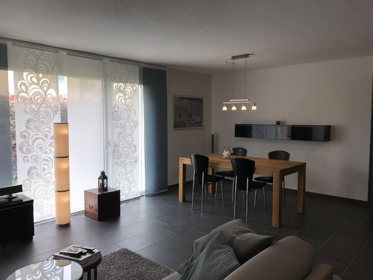 Fast Neue XXL 2.5 Zimmer zu vermieten  2