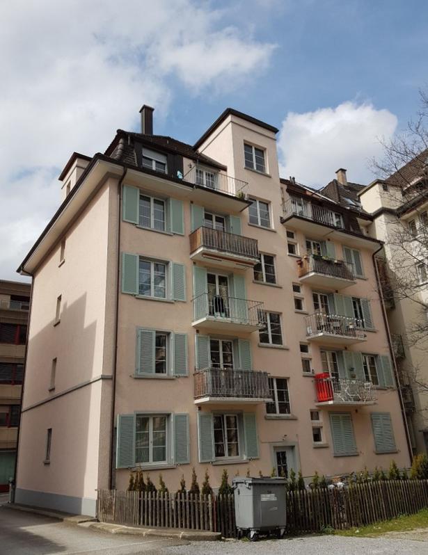 Charmante 2.5-Zimmerwohnung  im 3. Obergeschoss !!!  8003 Zürich