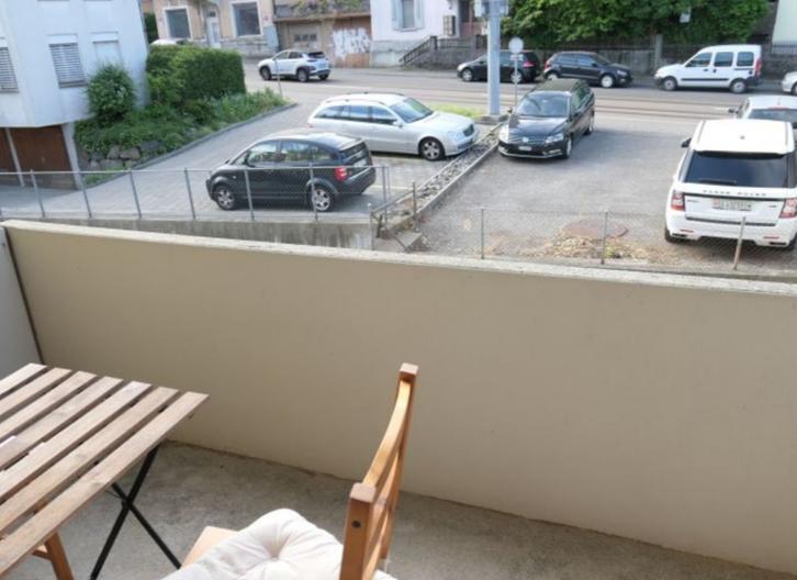 Attraktive Wohnung mit grossem Balkon ! 3