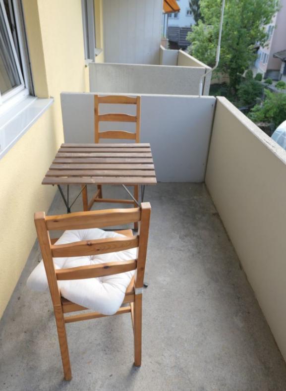 Attraktive Wohnung mit grossem Balkon ! 2