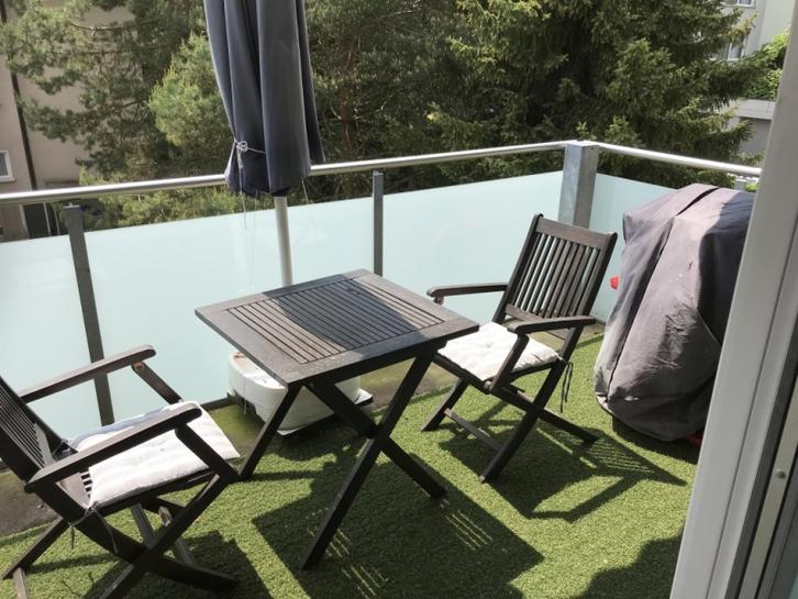 4-Zimmerwohnung mit Balkon, hell, warm und zentral 2