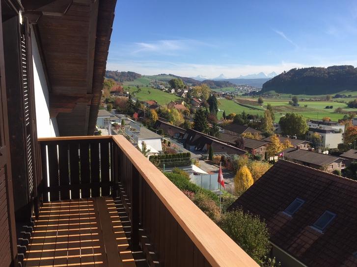 3 Zimmer Dachwohnung mit schöner Aussicht 3